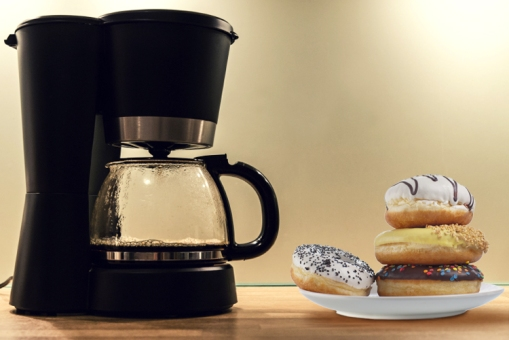 coffee_maker_donuts